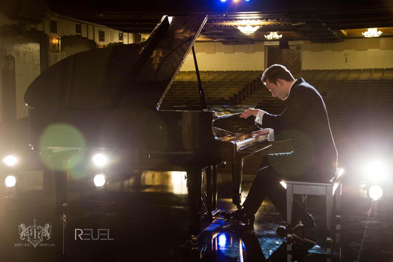 Solo Piano – Las Vegas | REUEL - Las Vegas Pianist | Entertainer